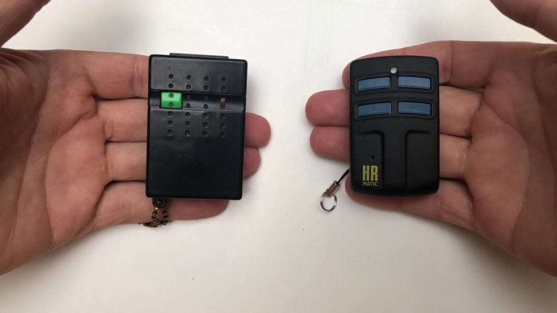 La télécommande CARDIN S738 TX2: idéale pour contrôler portails et portes de garage
