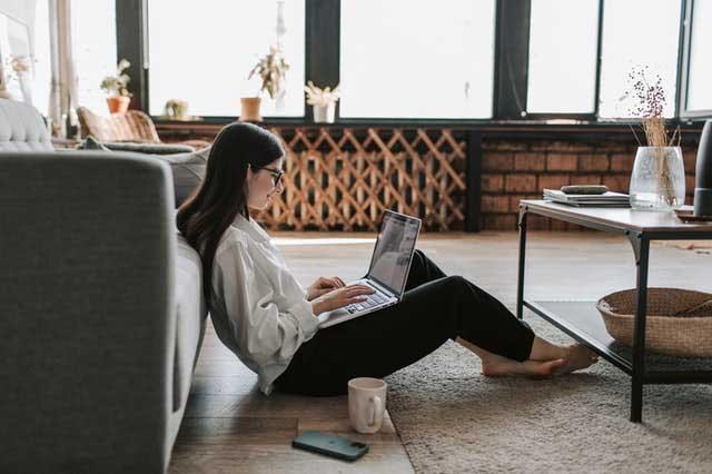 Guide pratique pour devenir opérateur de saisie à domicile